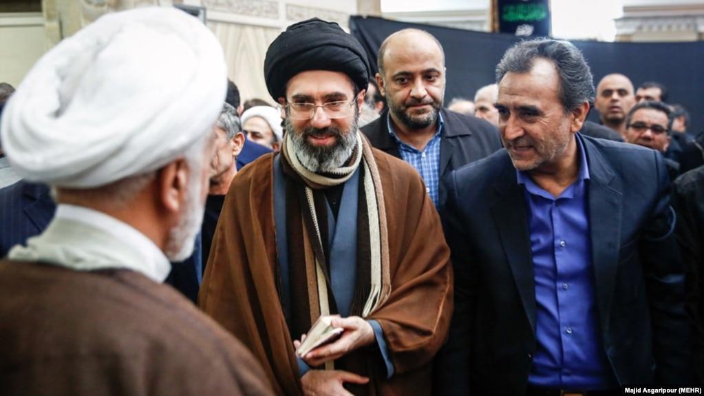 مجتبی خامنهای فرزند رهبر جمهوری اسلامی،