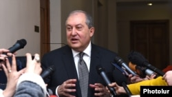 Armenia - Former Prime Minister Armen Sarkissian speaks to journalists in Yerevan, 9 February 2018.