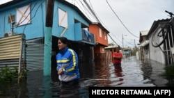 """Архива - Поплави од ураганот """"Марија"""" во Порторико."""