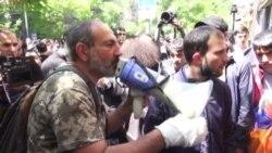 "Армянская ""бархатная революция""?"