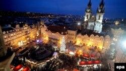 Trg u Pragu u vrijeme praznika