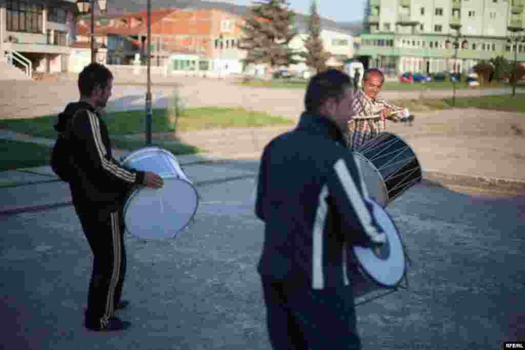 The Drummers Of Macedonia's Semka Band #11