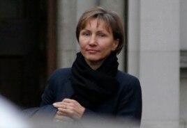 Марина Литвиненко после выступления на слушаниях, 2 февраля 2015