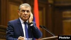 ԱԺ նախագահ Արա Բաբլոյանը խորհրդարանի նիստի ժամանակ, արխիվ
