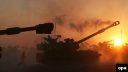 Израильская артиллерия ведет обстрел Газы с севера