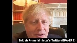 Boris Johnson vorbind din carantină, după ce a fost infectat cu COVID-19