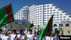 Церемония открытия нового отеля в курортном районе Аваза. Архивное фото