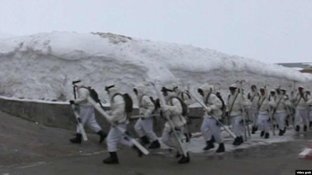 «Снежная кавалерия» разгромила «террористов» в Дарвазе