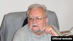 Академик Мирослав Попович