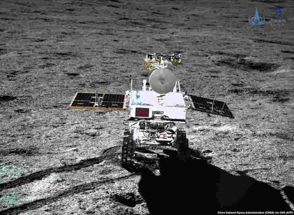 Китайский зонд на обратной стороне Луны Зонд миссии Chang'e-4 сел на Луну в начале января, чтобы начать исследования «загадочной» части спутника Земли. Как пишет The New York Times, это уже вторая успешная лунная миссия Китая