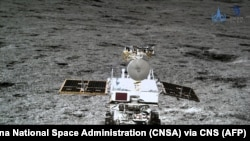 Китайский аппарат на поверхности Луны, 2019 (архив)