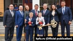 На открытии лицея №182 присутствовал и мэр Казани Ильсур Метшин. 1 сентября 2018 года