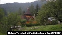 Церква в Криворівні.