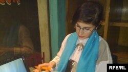 الشاعرة العراقية ريم كبة