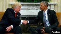 Դոնալդ Թարմփը Սպիտակ տանը Բարաք Օբամայի հետ հանդիպման ժամանակ, արխիվ