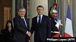 Ўзбекистон президенти 2018 йил 9 октябрь куни Парижда Франция президенти Эммануэль Макрон билан учрашган эди.