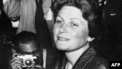 Светлана Аллилуева на пресс-конференции в Нью-Йорке, 1967 год