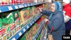 Цены на продукты удручают многих россиян