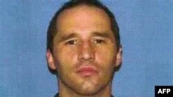 Джеймс Эверетт Дучке, обвиняемый в рассылке писем с рицином. 18 января 2013 года.