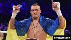 Український боксер Олександр Усик (архівне фото)