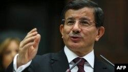 Түркия премьер-министрі Ахмет Дамутоглу.