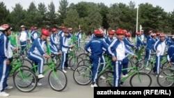 Велопробег в День велосипеда, Ашхабад, 2018
