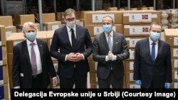 Ambasador Norveške u Srbiji Jern Eugen Jelstad (prvi sleva), predsednik Srbije Aleksandar Vučić, EU ambasador Sem Fabrici, ministar spoljnih poslova Srbije Ivica Dačić