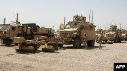 Американските војници ја подготвуваат опремата за заминување од Ирак.
