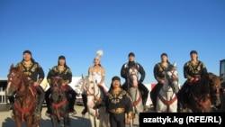 Кыргыз цирк өнөрүнүн чеберлери Германиянын Майнц шаарында. 2010-жылдын 10-октябры. ТЧ.