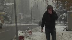 Snow, Smog Choke Streets Of Sarajevo
