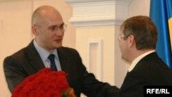 Євген Удод (ліворуч)