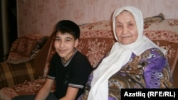 Татарстан -- Юсуф и Зухра Валиюлины - сын и мать Равиля Мингазова