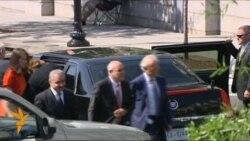 Президент США приватно зустрівся з близькосхідними переговірниками