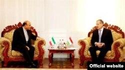 Сироджиддин Аслов с Худжатулло Фагони. Фото с сайта посольства Ирана в Таджикистане