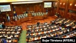 Pobednička koalicija PAN, kojoj pripada mesto predsednika Skupštine, priznala je da nema glasove te je zatražila još vremena