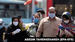 Iranians wearing face masks go shopping around Tehran's grand bazaar in Tehran, Iran, 07 July 2020. Media reports state on 07 July 2020