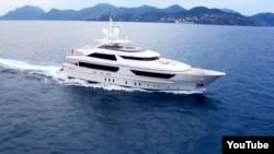 Яхта модели 46Steel постройки итальянской верфи Sanlorenzo
