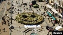 Zagreb, Guinnessov rekord najvećeg smješka, 2011.