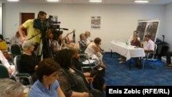 """Predstavljanje kampanje """"Žrtve su predugo čekale"""", 10. srpanj 2012."""