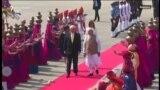 Tramp stigao u posetu Indiji