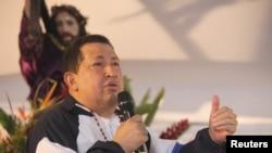 Президент Венесуэлы Уго Чавес на массовой молитве за его здоровье