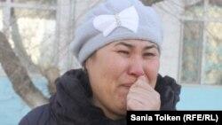 Жанар Избасарова, мать 16-летней госпитализированной Гаухар Кармысовой. Актау, 24 февраля 2015 года.