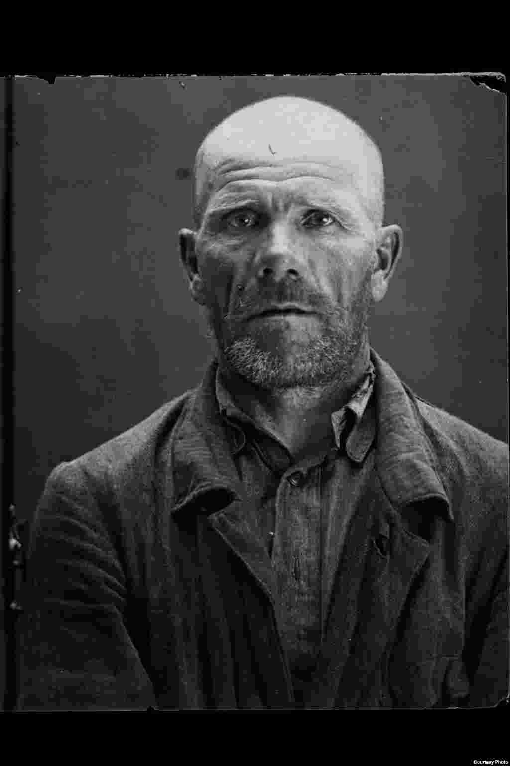 Gavrill Sergeyevich Bogdanov: Russian; born 1888 in Aminevo village, Moscow Oblast; primary education; no party affiliation; laborer; lived in Aminevo. Arrested on August 8, 1937. Sentenced to death on August 19, 1937. Executed on August 20, 1937. Rehabilitated in 1989.