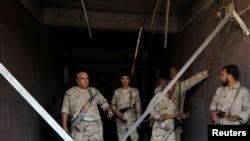 Сотрудники служб безопасности Ливии.