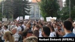 Protest novinara RTV-a u Novom Sadu