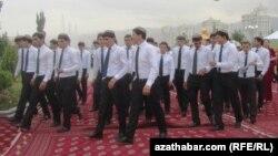 Студенты Туркменистана