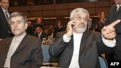 Министр ядерной энергетики Ирана Ферейдун Аббаси (слева) и представитель Ирана в МАГАТЭ Али Асгар Солтанье