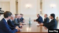 İlham Əliyev Minsk qrupunun həmsədrlərini qəbul edir.