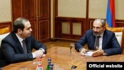 Armenia -- National Security Service Director Georgi Kutoyan reports to newly elected Prime Minister Nikol Pashinian, Yerevan, 8May2018.