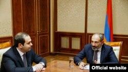 Новый премьер-министр Армении Никол Пашинян.